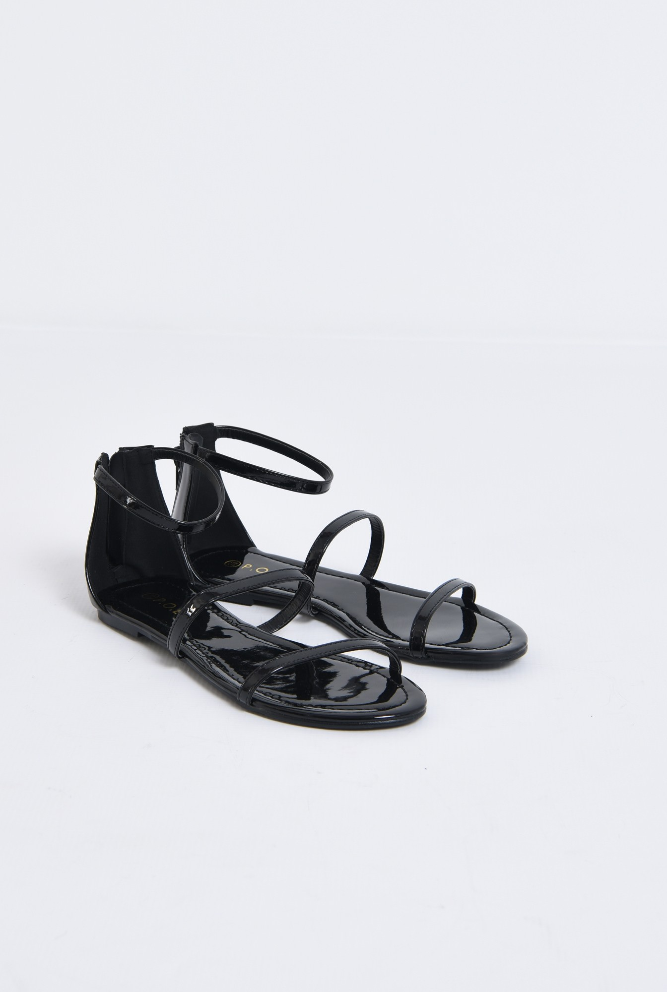 1 - sandale casual, cu talpa joasa, barete subtiri