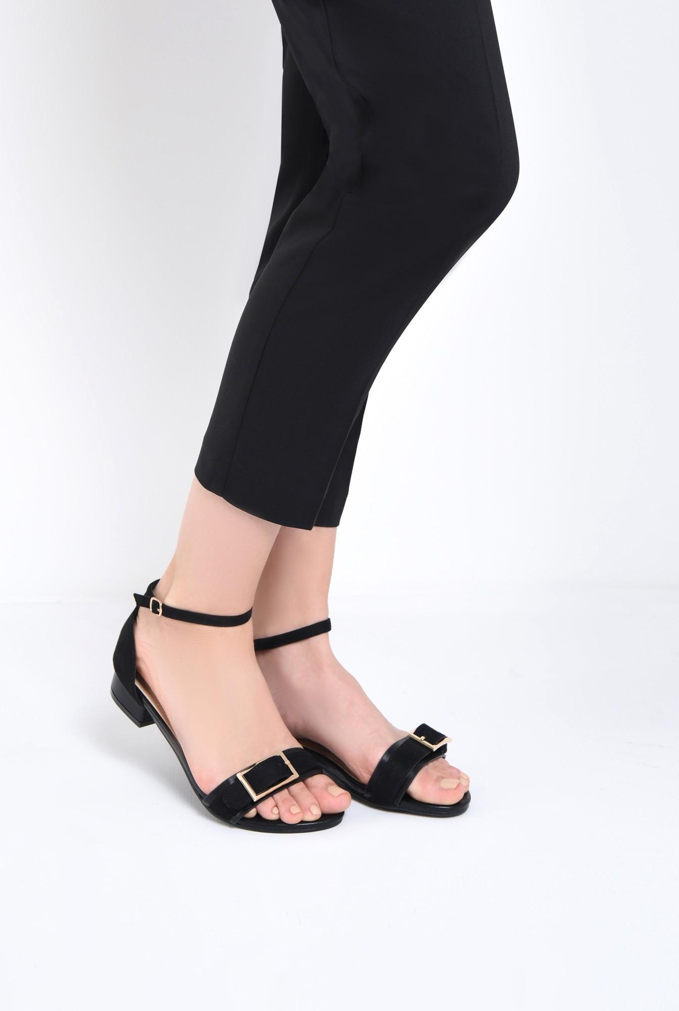 4 - sandale comode, cu talpa joasa, negre, din velur, catarama decorativa aurie