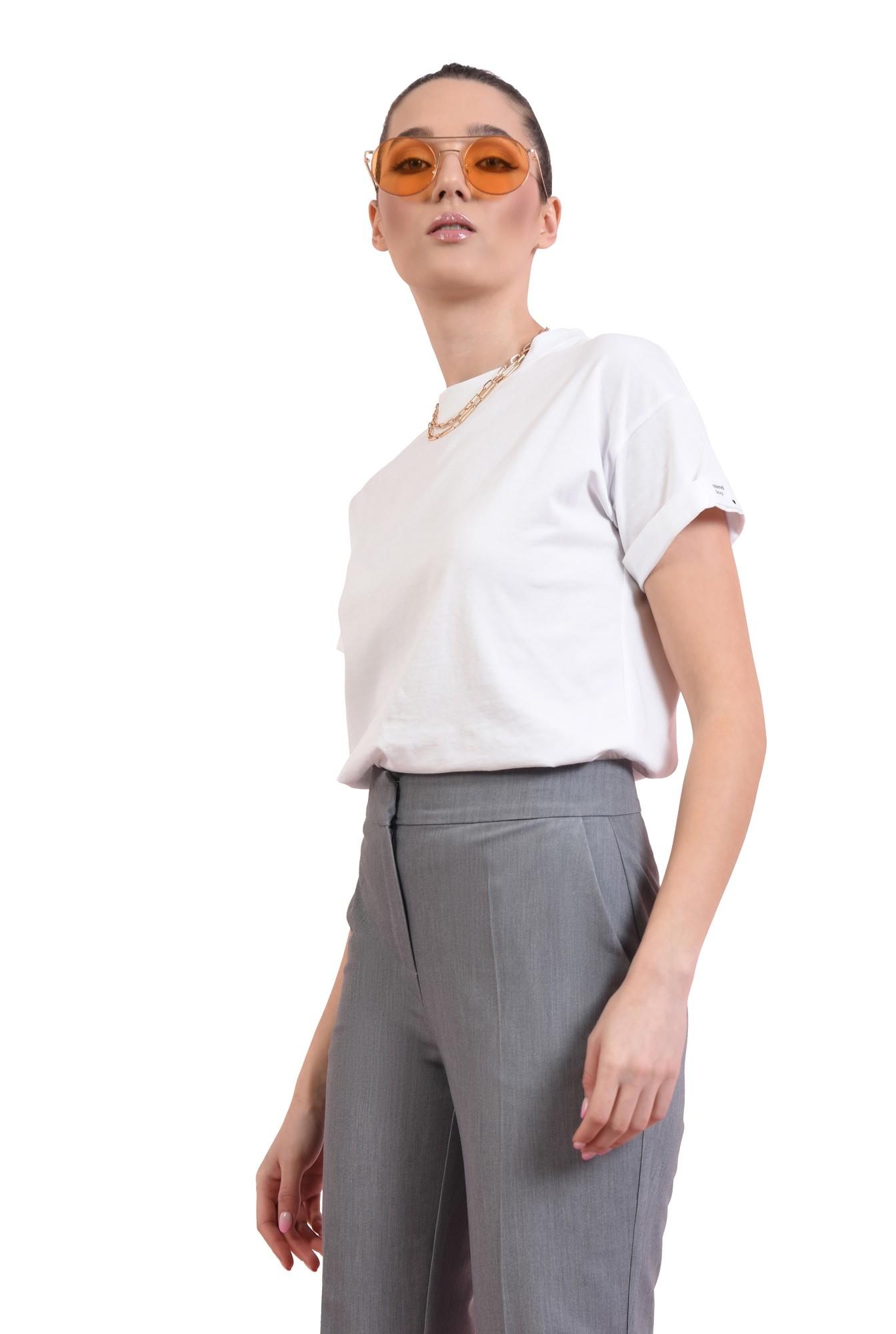 3 - tricou din bumbac, cu decolteu rotund