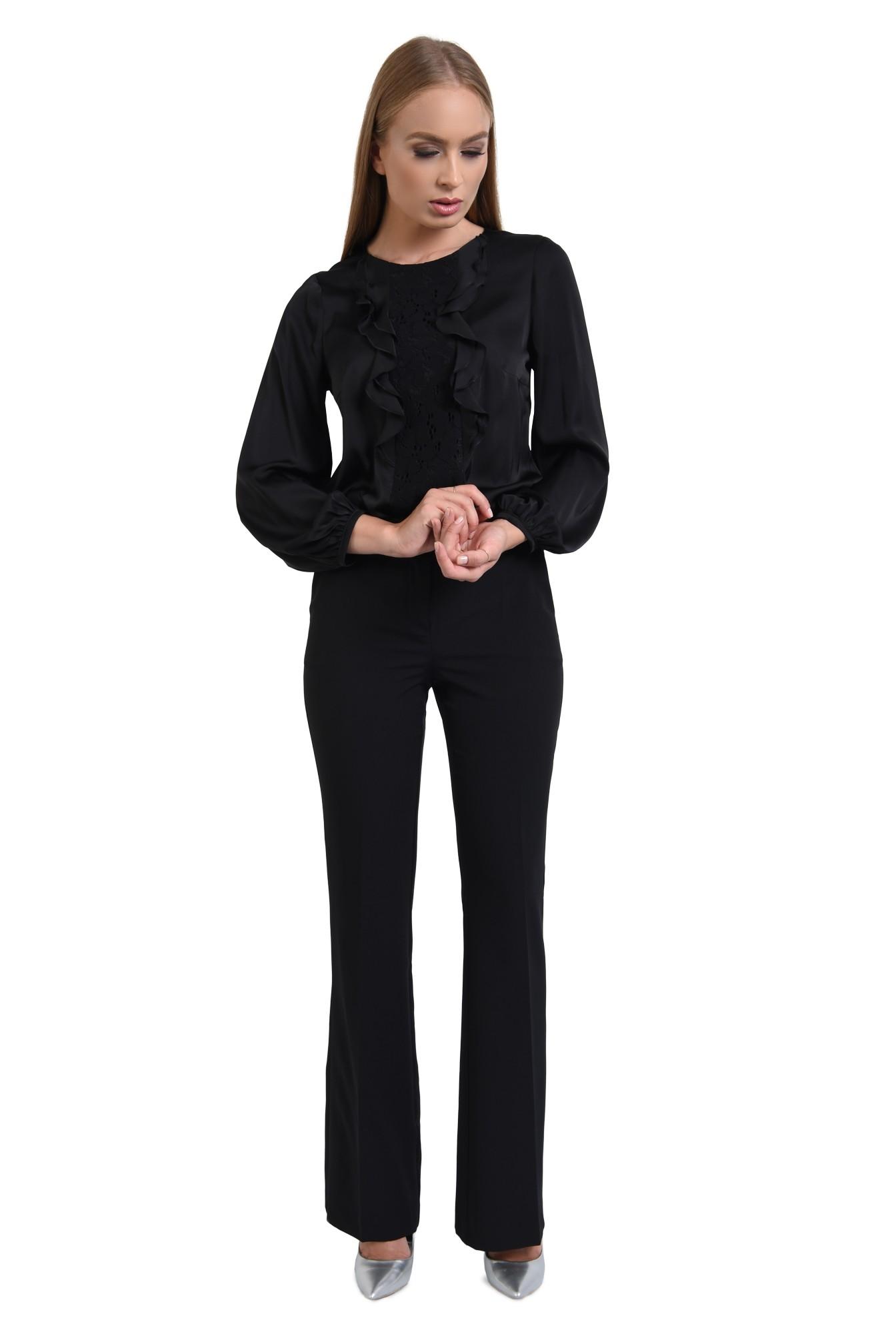 360 - bluza eleganta, cu volane, dantela aplicata, maneci lungi, mansete elastice