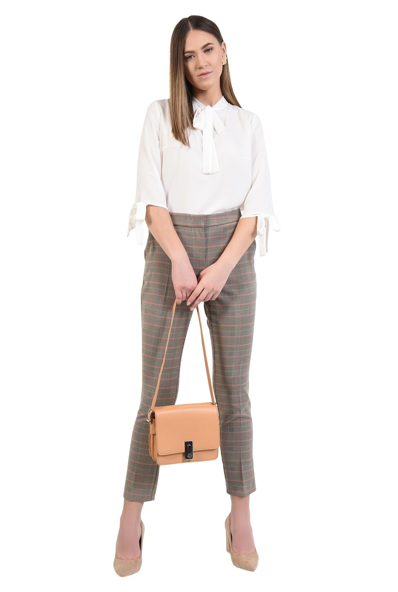 360 - pantaloni de costum, in carouri, conici, buzunare in cusatura