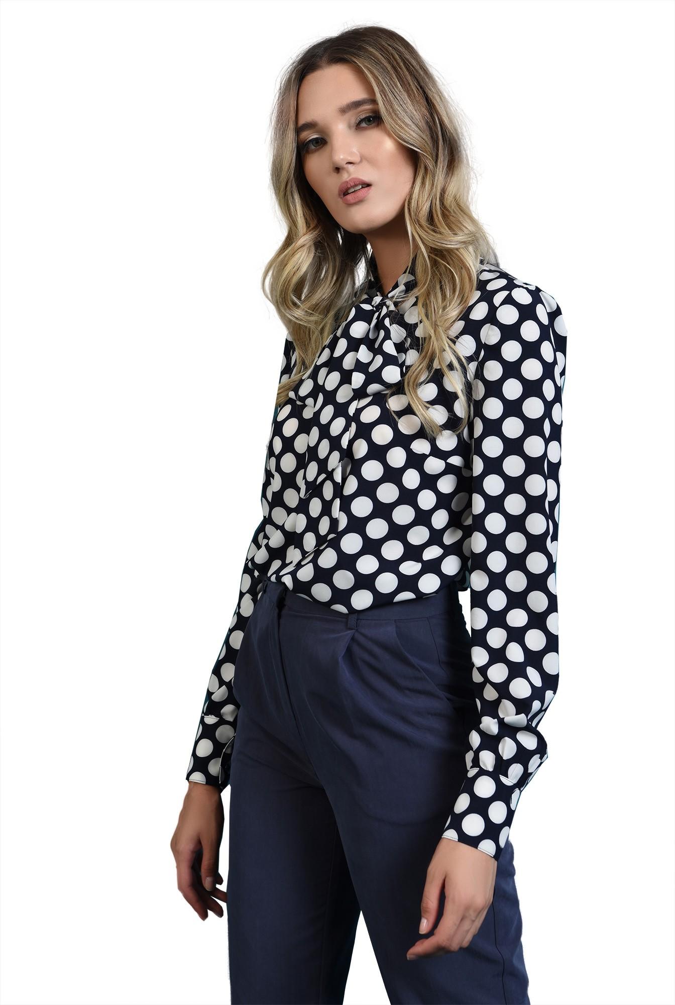 360 - bluza bleumarin, cu buline, cu maneca lunga