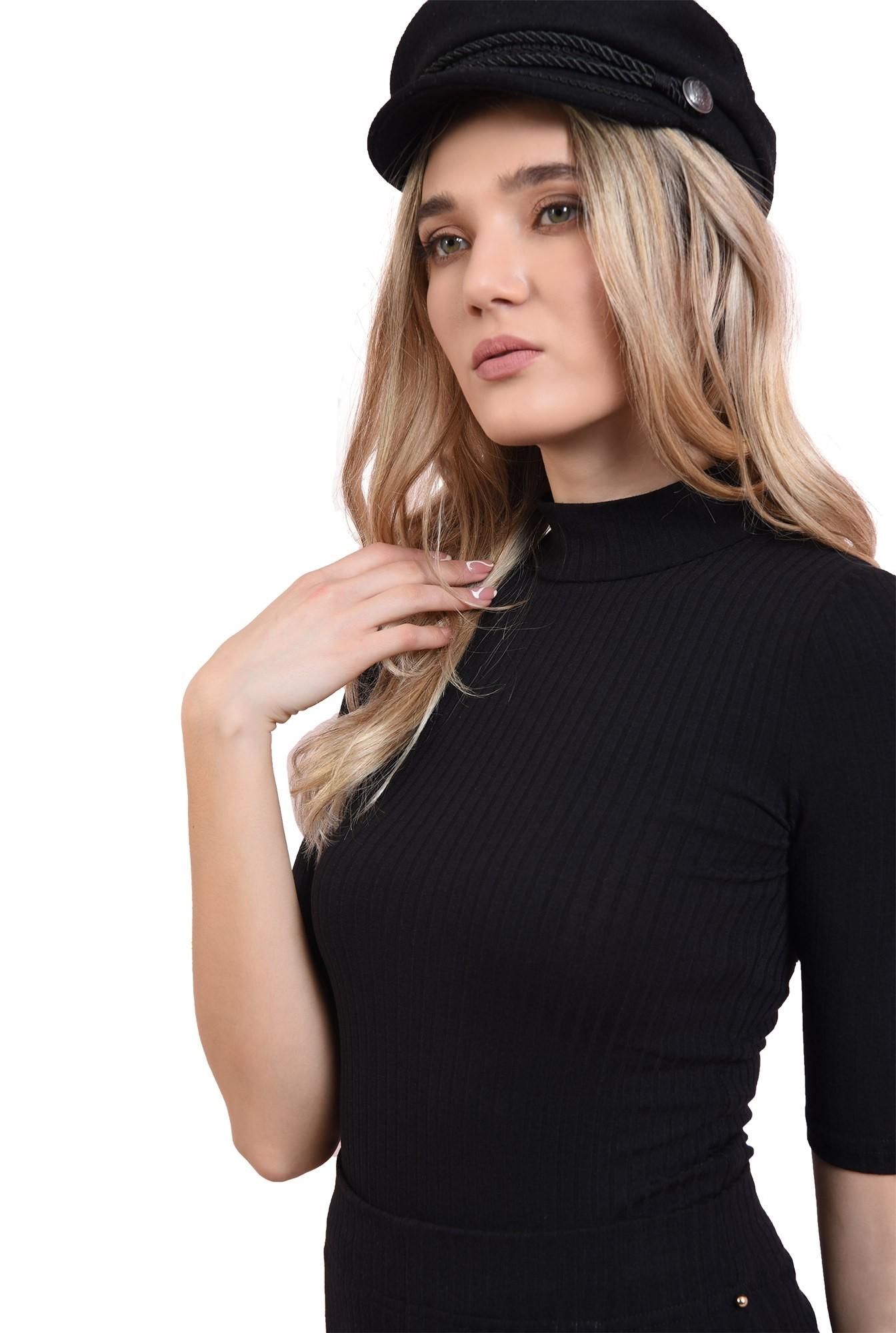 bluza neagra, casual, cu guler inalt