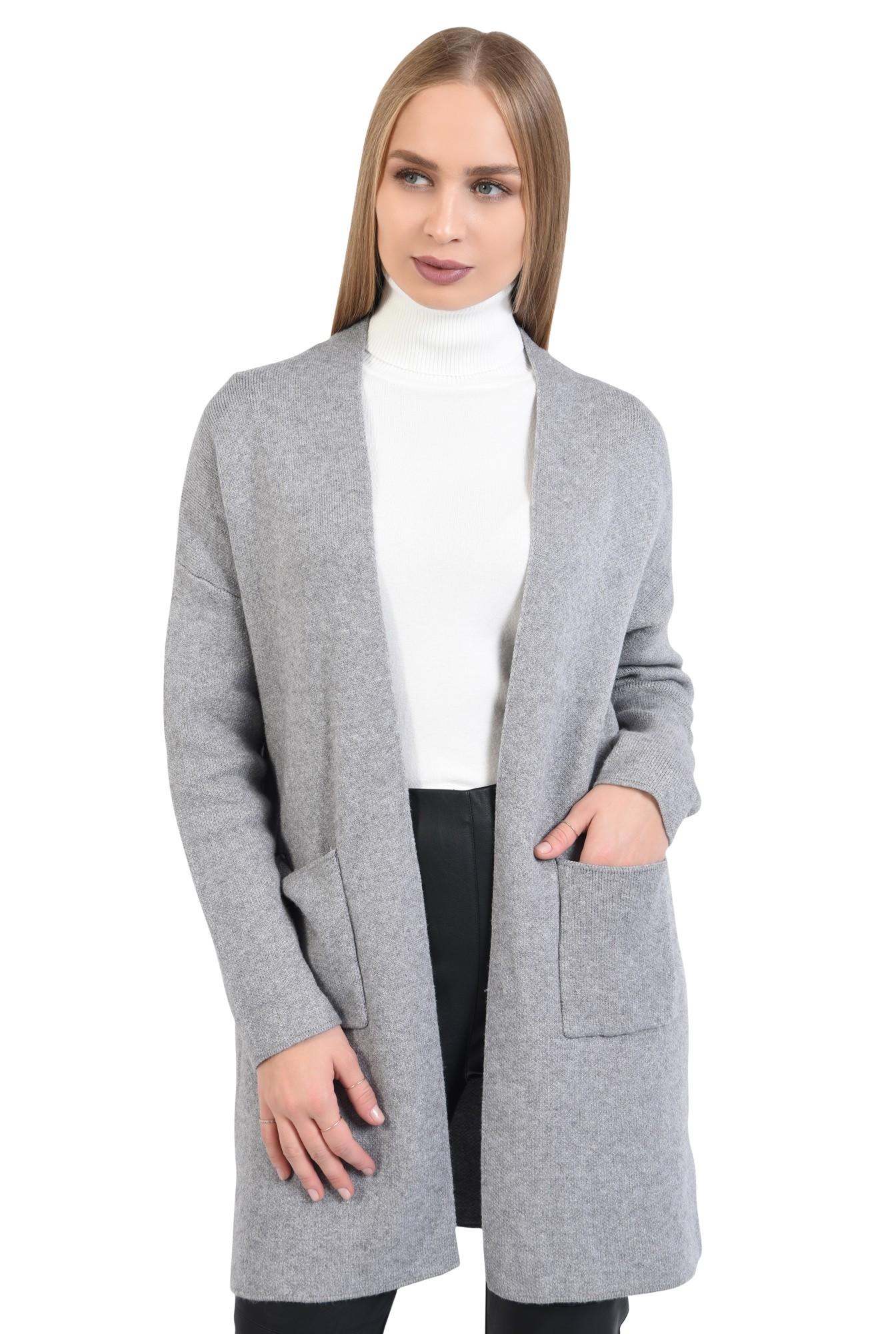 pulover gri, jacheta de toamna, croi drept lejer