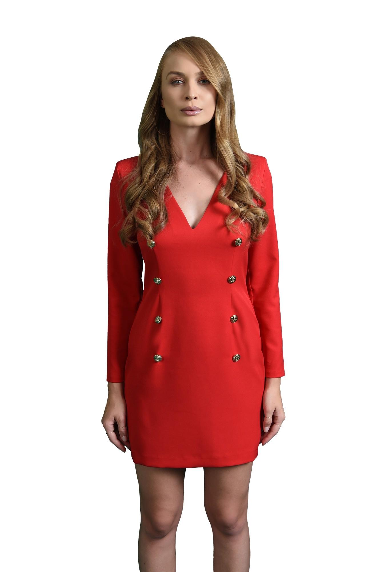 rochie rosie, cu nasturi aurii, cu maneca lunga