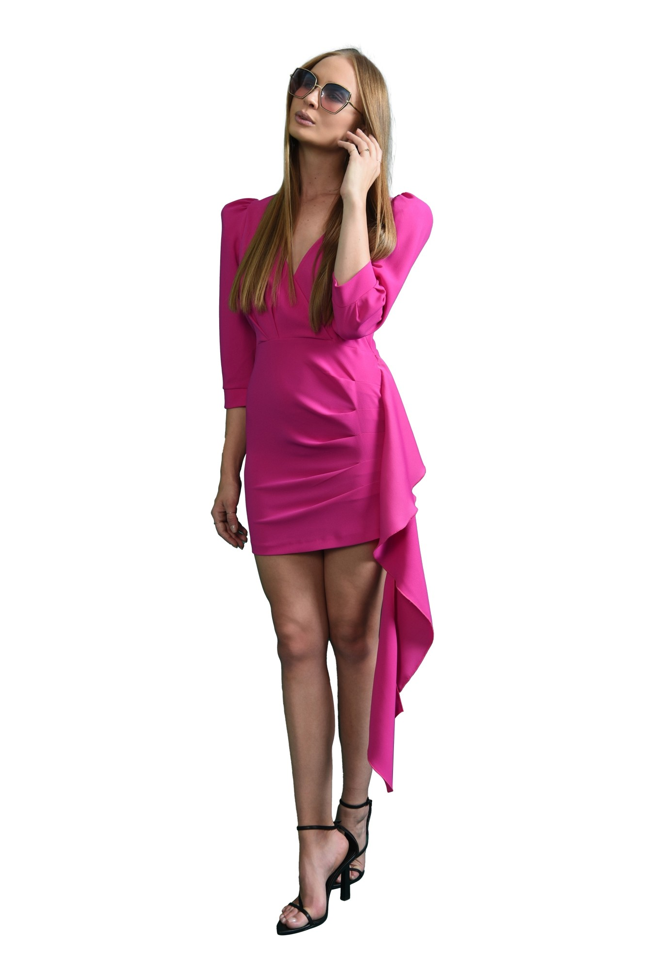 rochie cu drapaj asimetric, cu decolteu