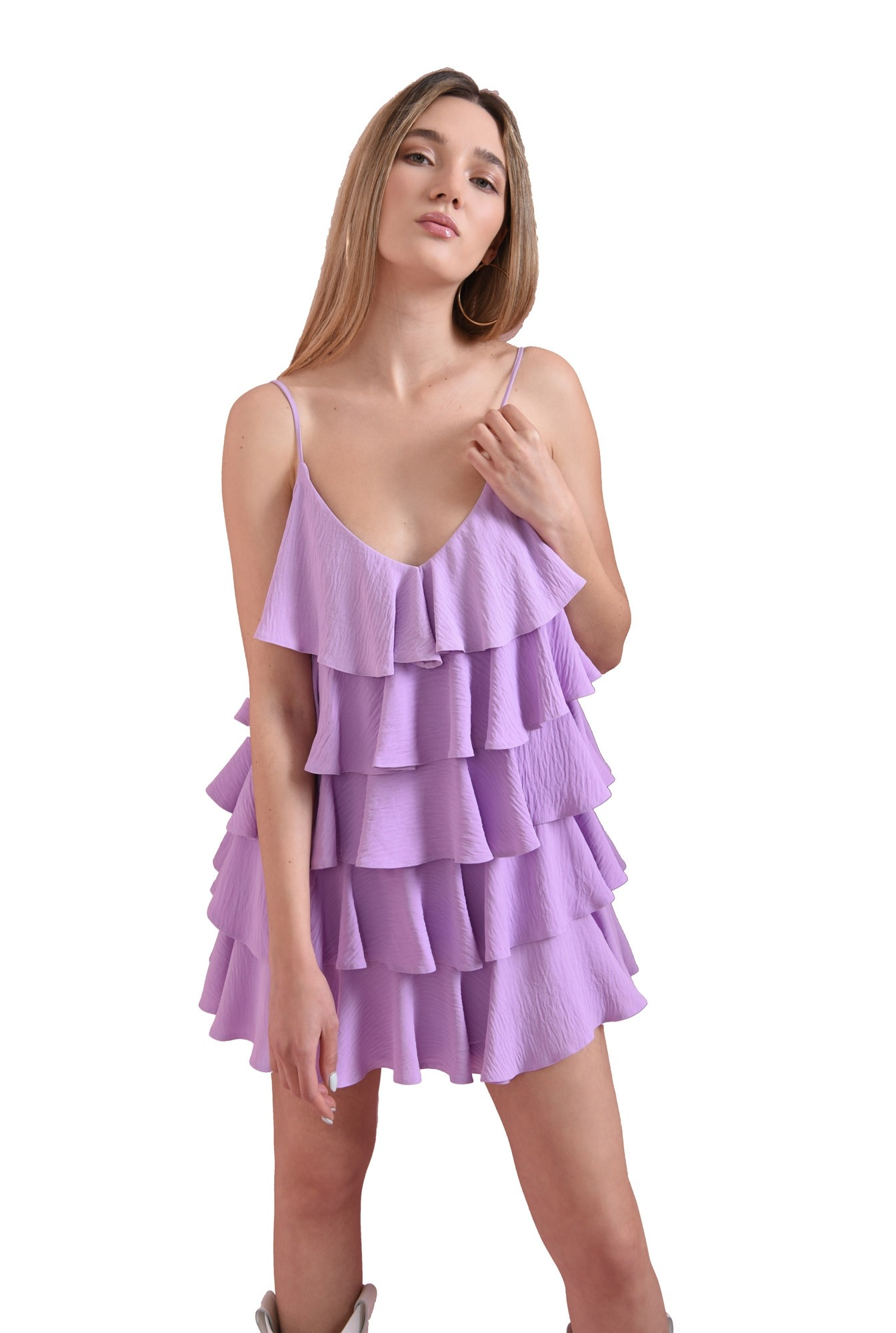 rochie cu volane, cu bretele subtiri