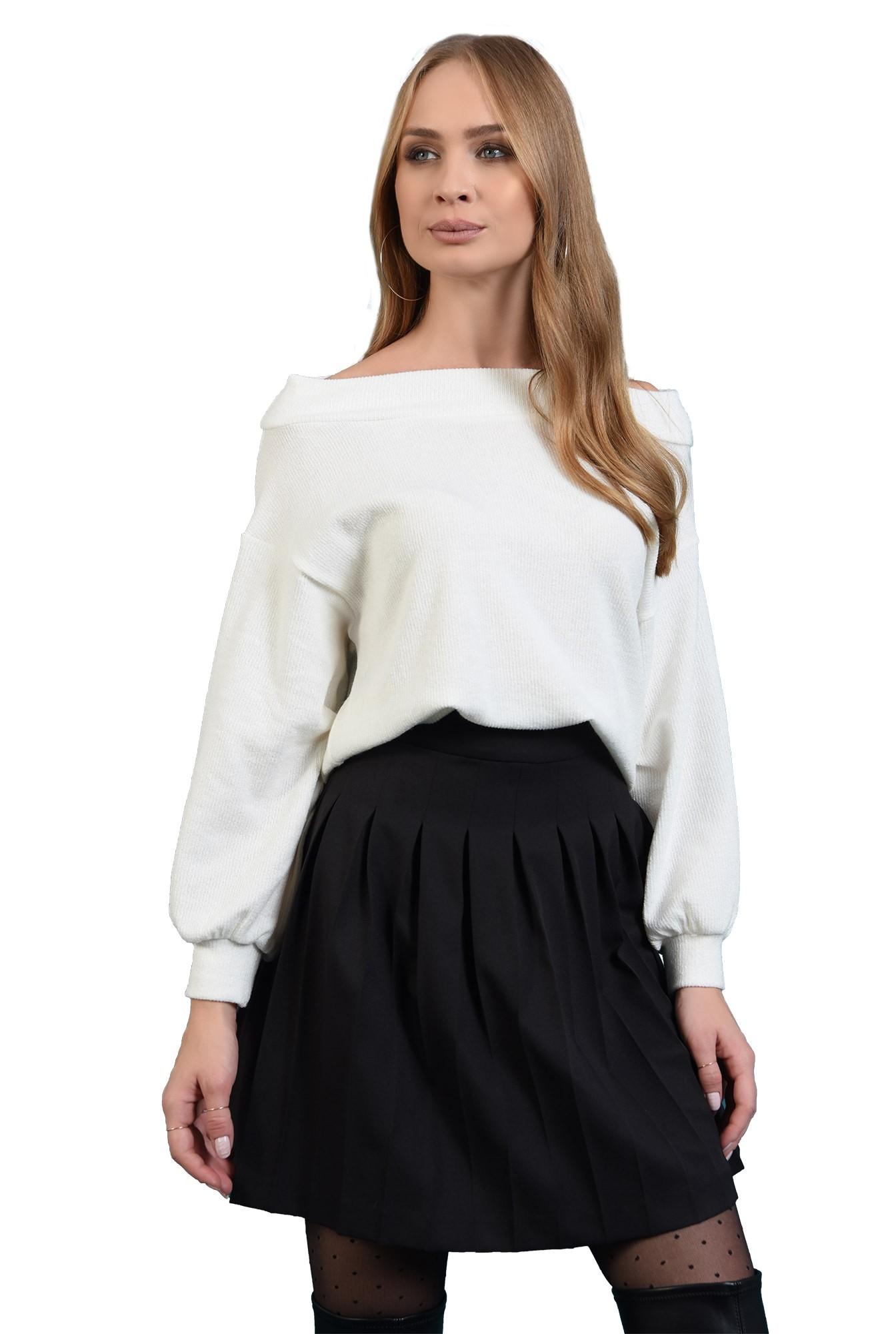 pulover tricotat, alb, cu maneca bufanta