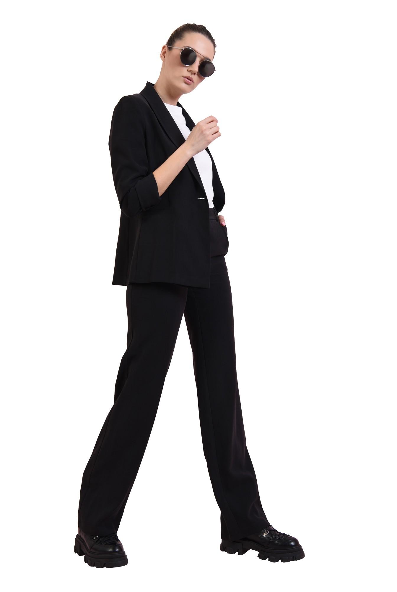 pantaloni negri, drepti, cu talie medie, Poema
