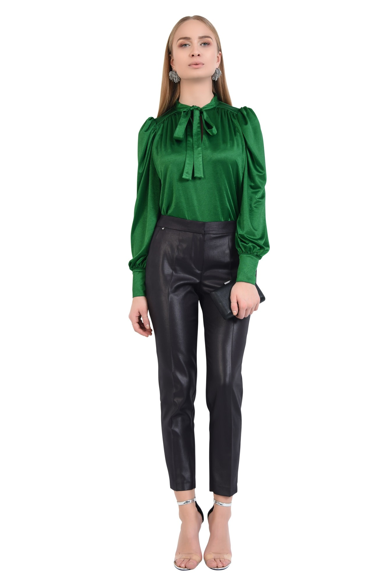pantaloni negri, eleganti, conici, la dunga, aspect lucios