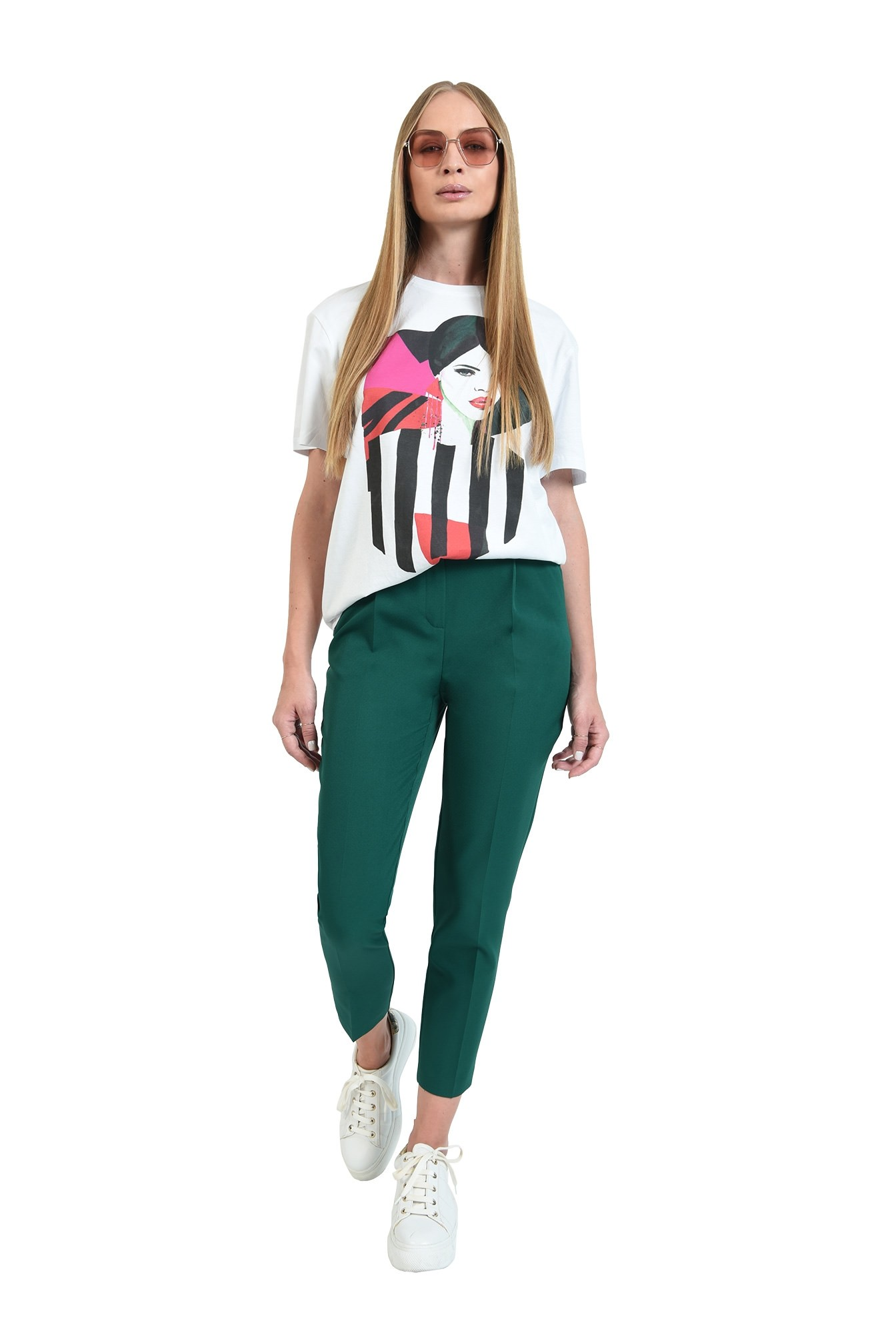 pantaloni lungi, conici, cu buzunare laterale