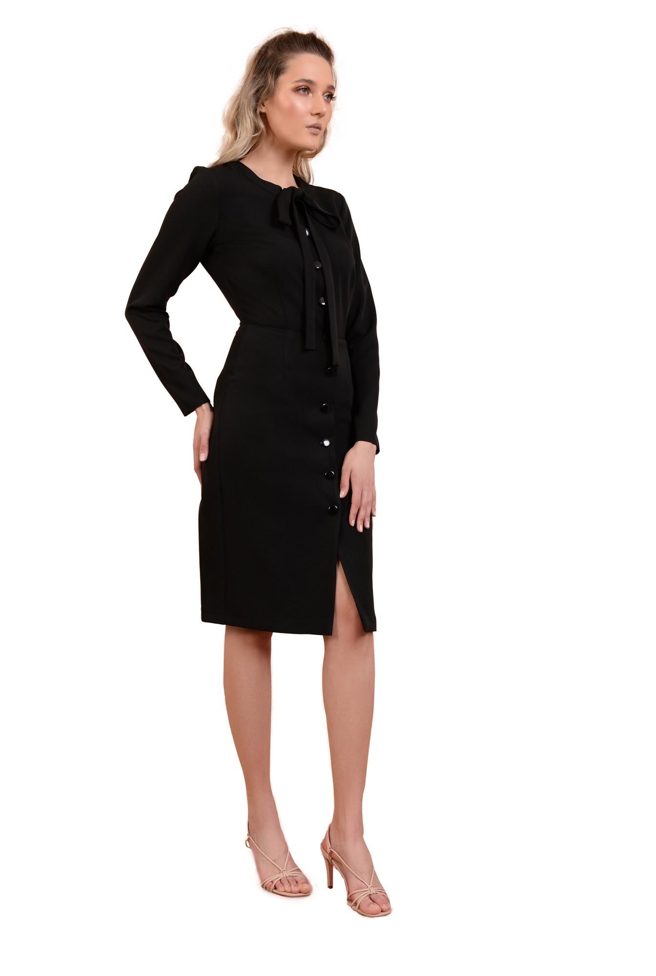 360 - rochie midi, ajustata, cu nasturi, maneci lungi, cu funda, Poema, negru