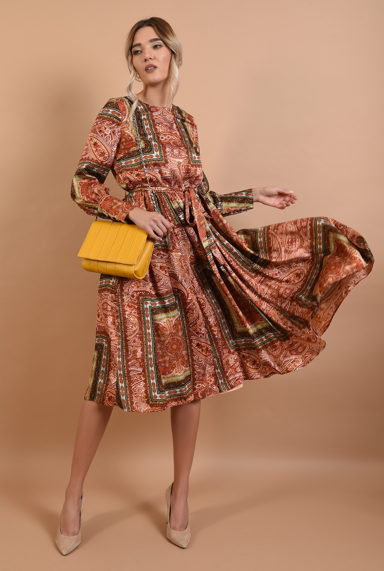 360 - rochie evazata, midi, satin imprimat, cu cordon, cu mansete