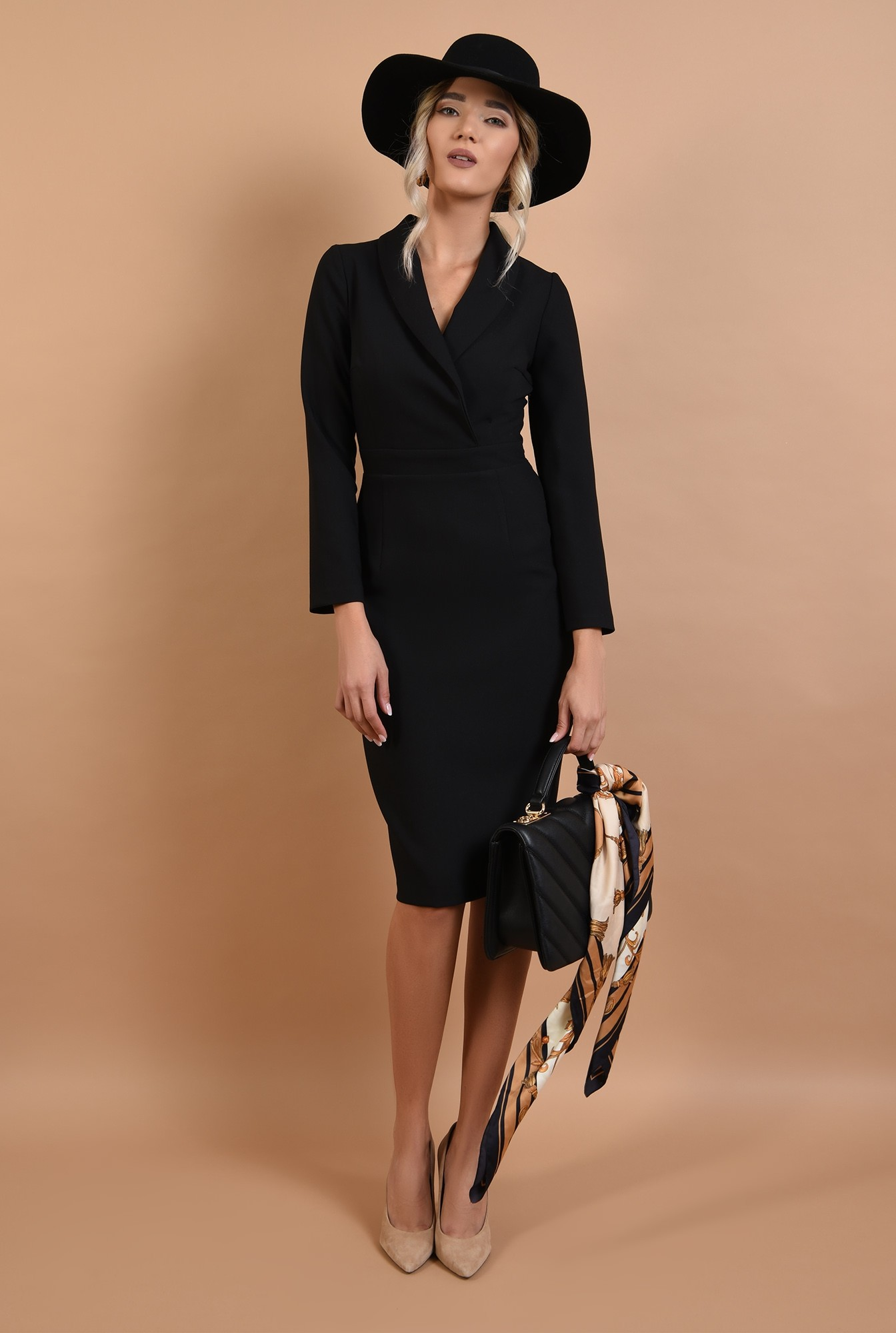 rochie neagra, conica, office, Poema, cu revere sal
