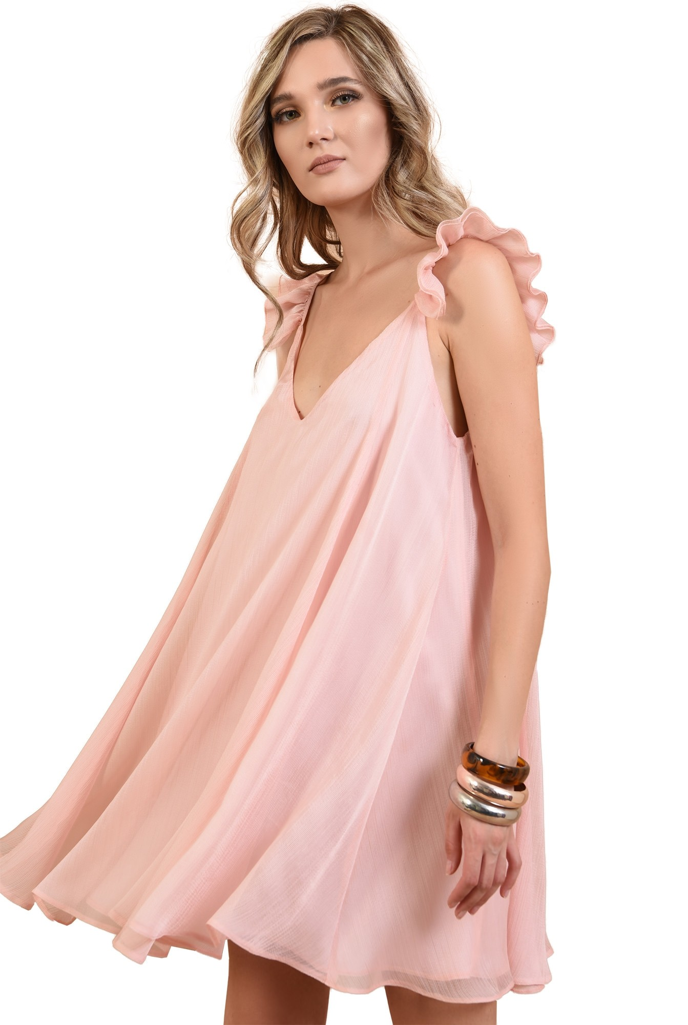 rochie larga, roz, cu volan, Poema