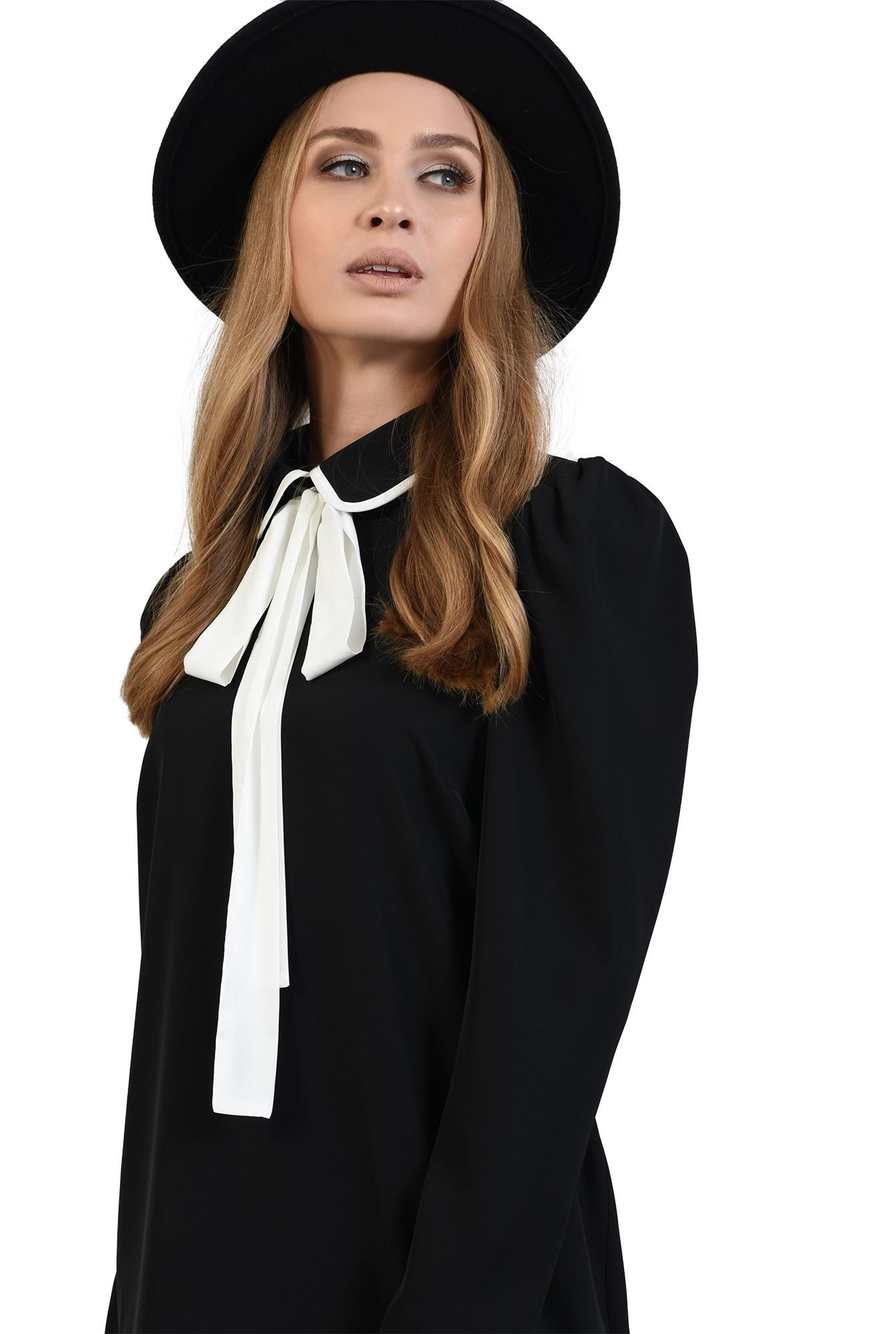 rochie neagra, cu maneca lunga, cu funda alba