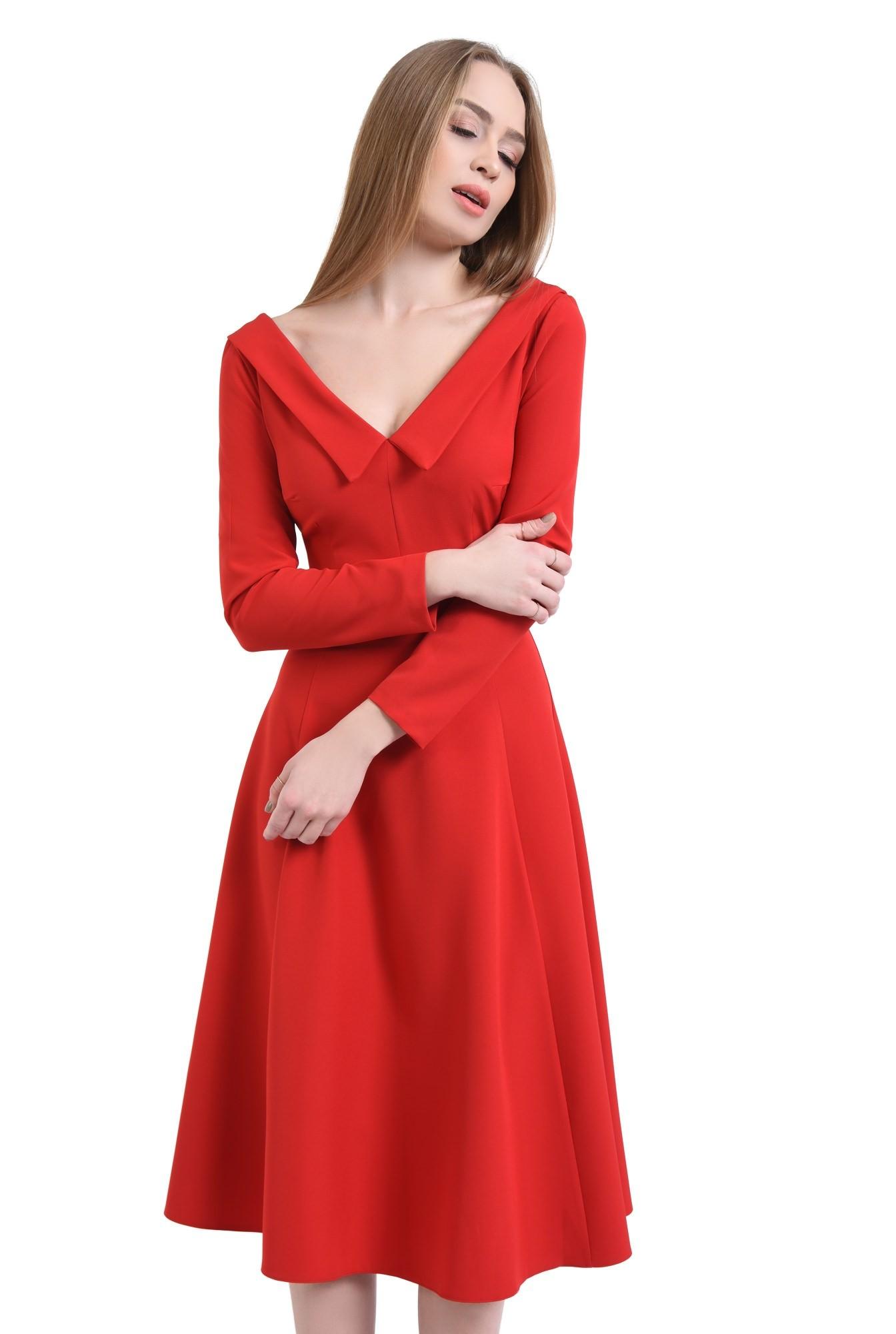Rochie de zi rosie, cloche