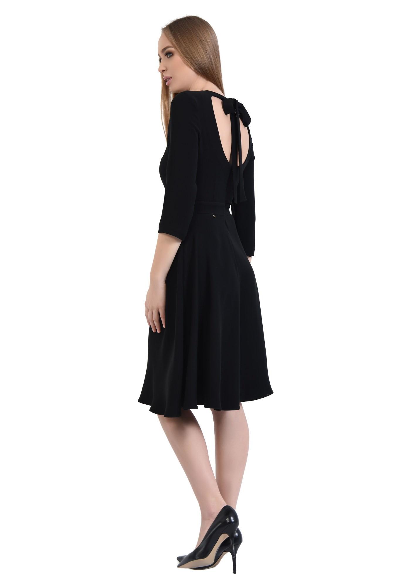 Rochie de zi cloche, neagra