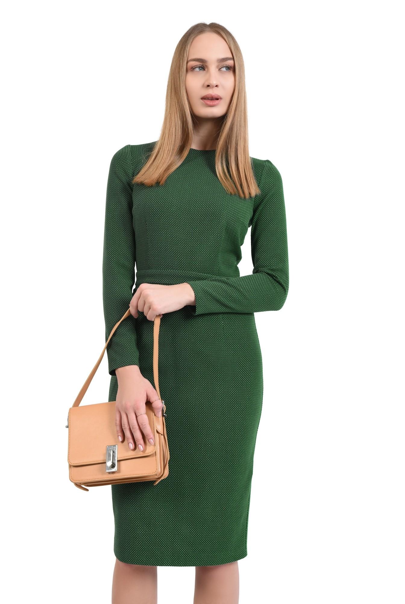 rochie verde, creion, conica, midi, decolteu la baza gatului