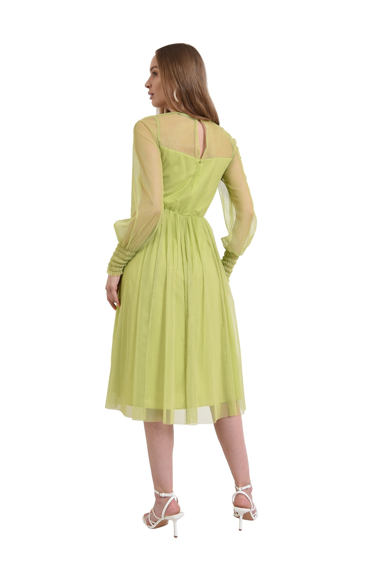 rochie verde, eleganta, stransa la talie