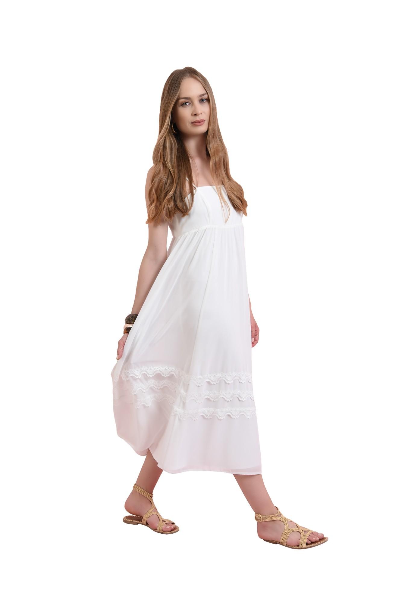 rochie cu detaliu dantela, cu bretele