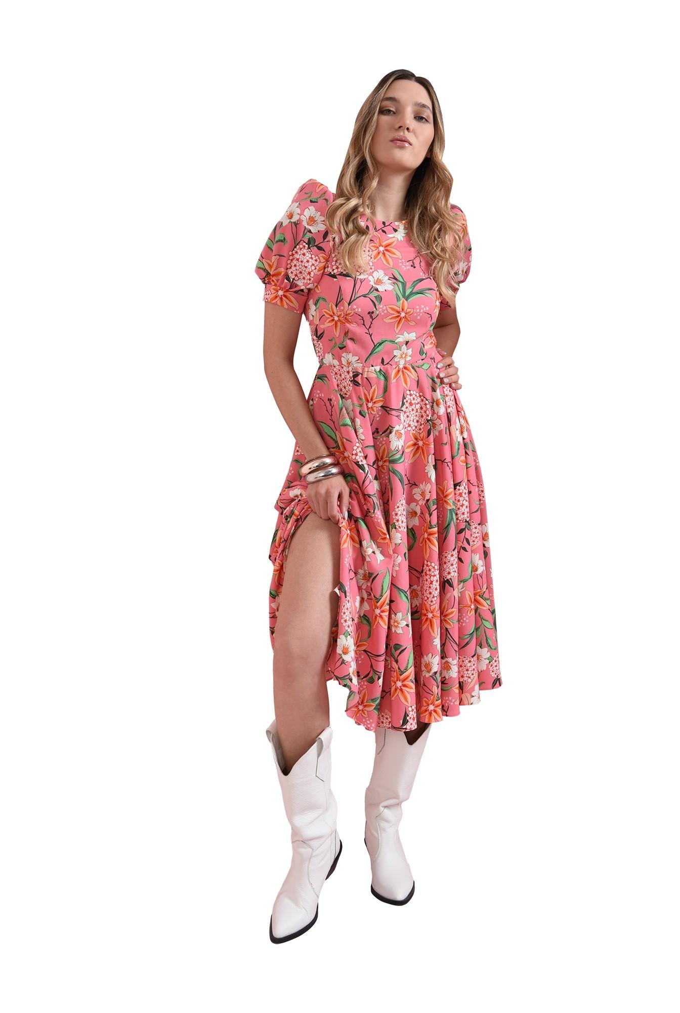 rochie cu maneca scurta, cu flori