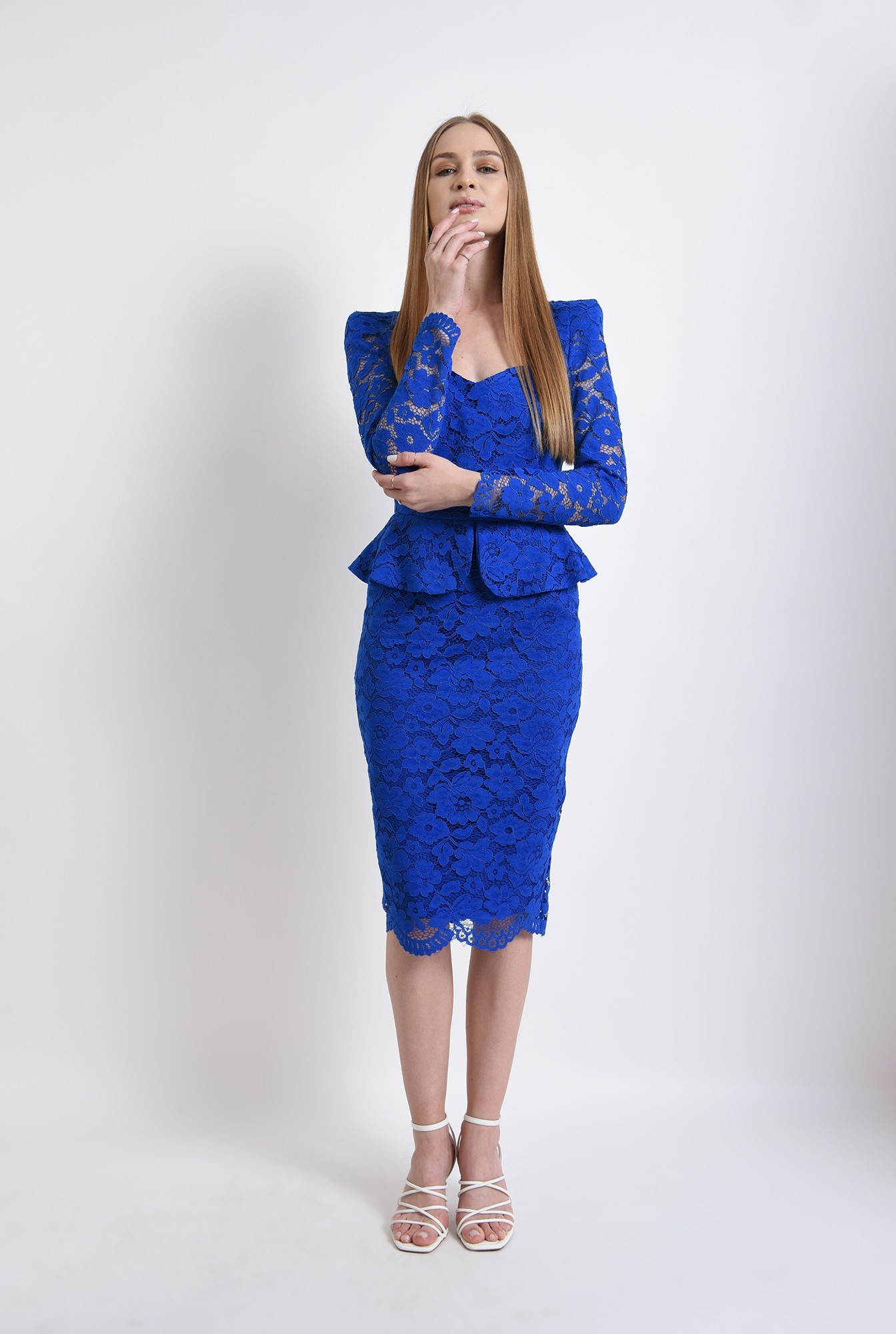 360 - rochie albastra, eleganta, din dantela