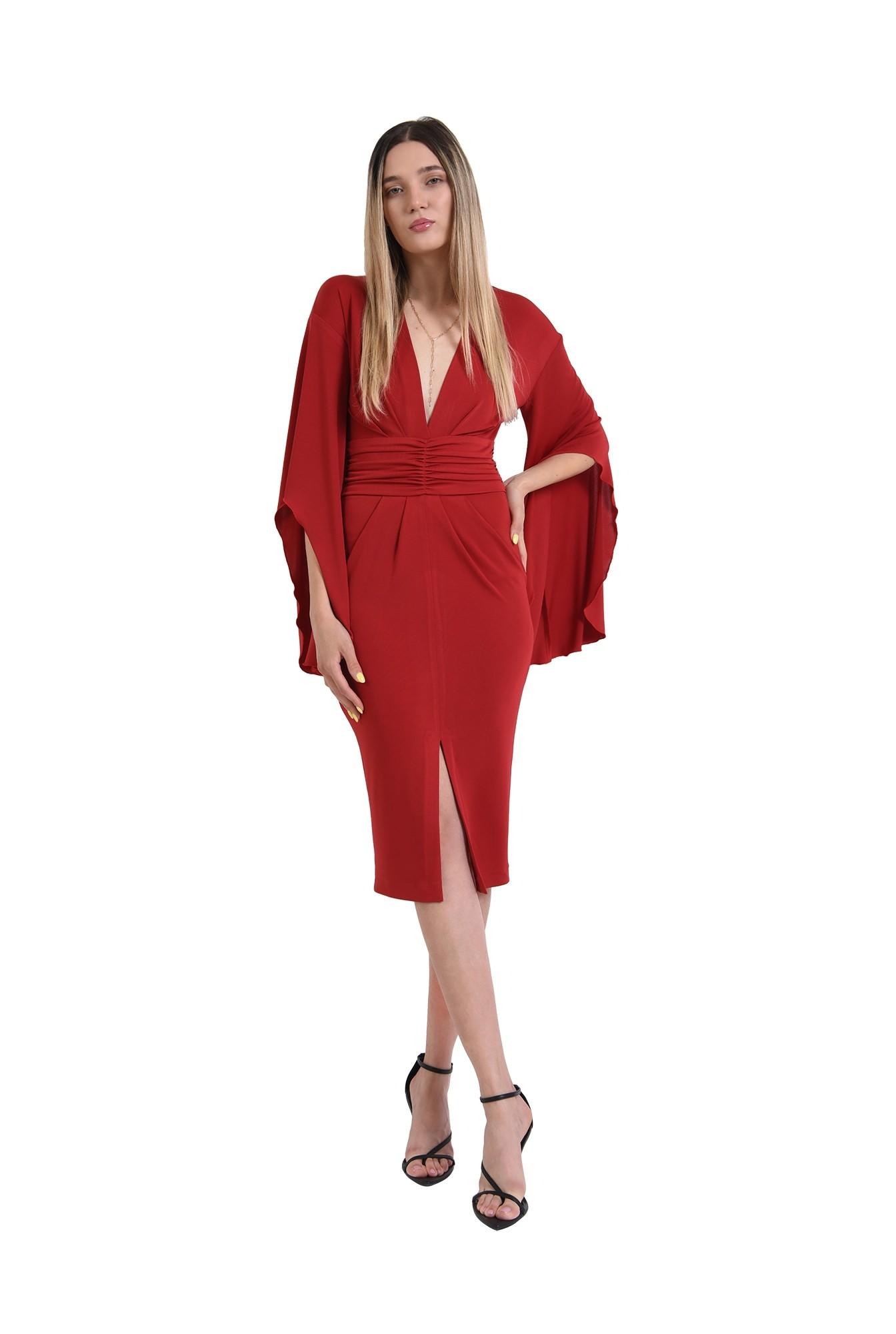 rochie rosie, eleganta, cu maneci evazate