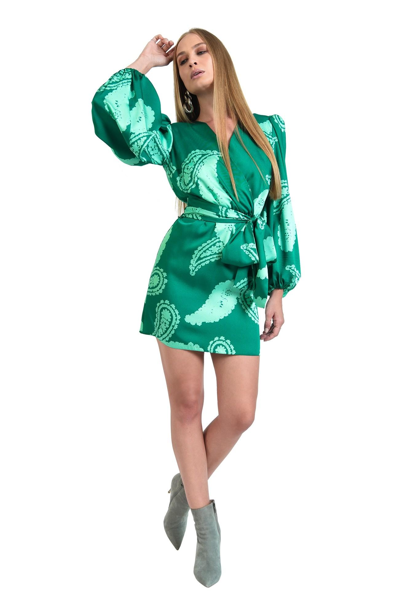 rochie cu print, scurta, cu cordon, cu maneca lunga