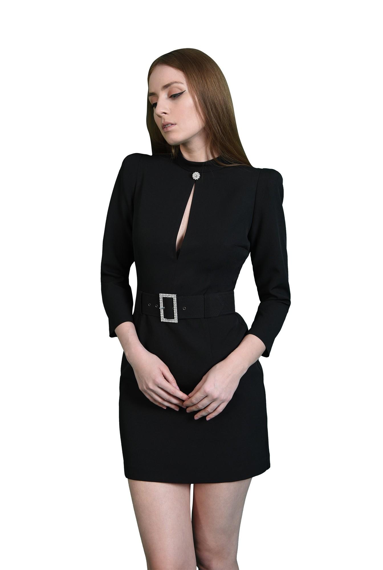 rochie eleganta, neagra, cu centura din strasuri