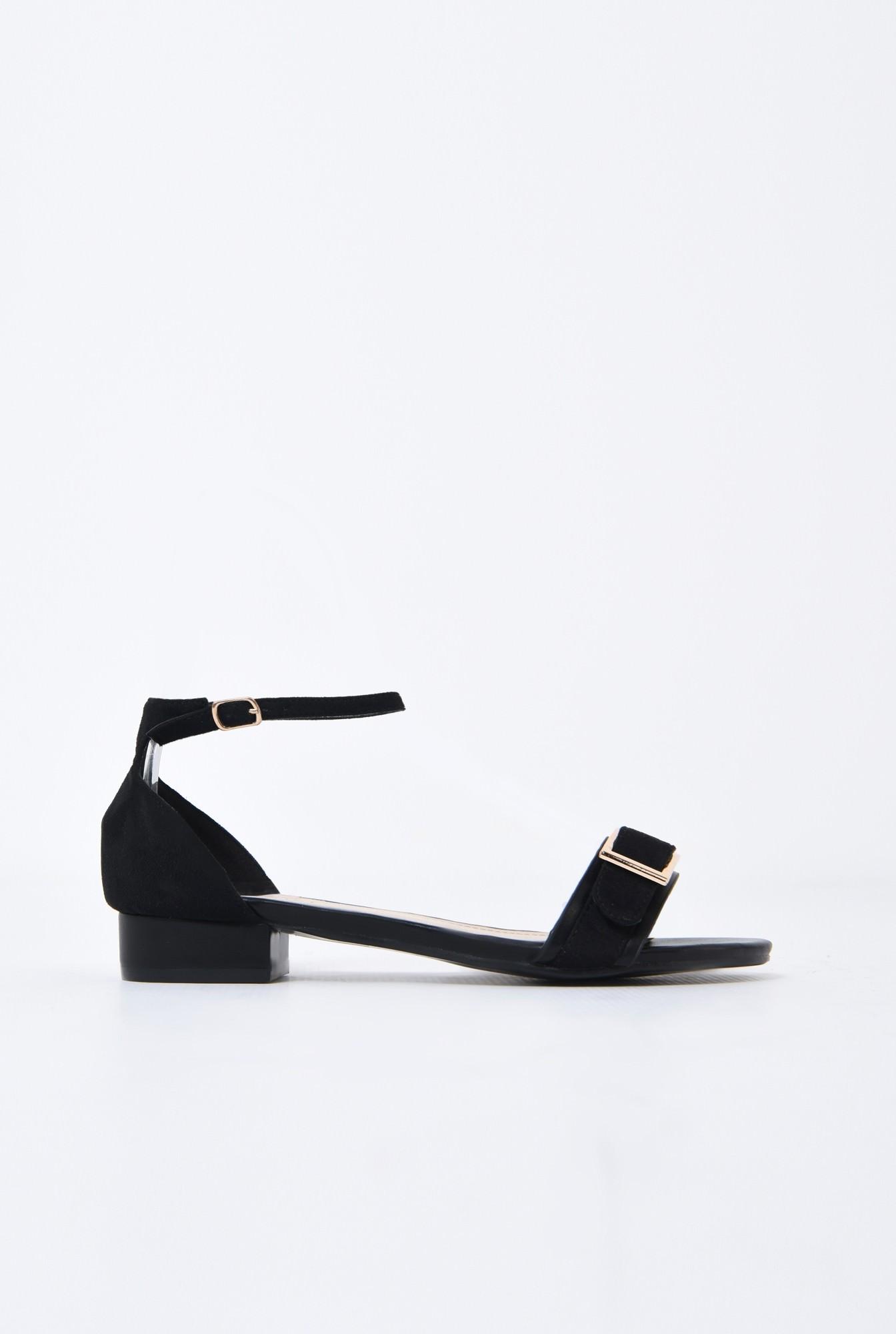 sandale comode, cu talpa joasa, negre, din velur, catarama decorativa aurie