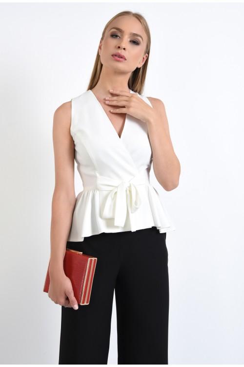 bluza eleganta, cambrata, cu volan, peplum, anchior petrecut, alb
