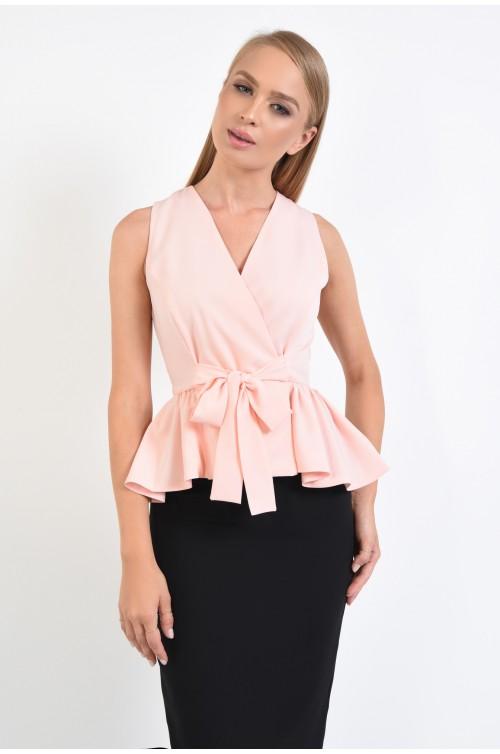 bluza eleganta, tip vesta, fara maneci, funda la talie, roz, anchior petrecut, cu volan peplum