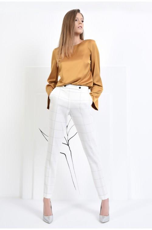 360 - Pantaloni albi, cu betelie