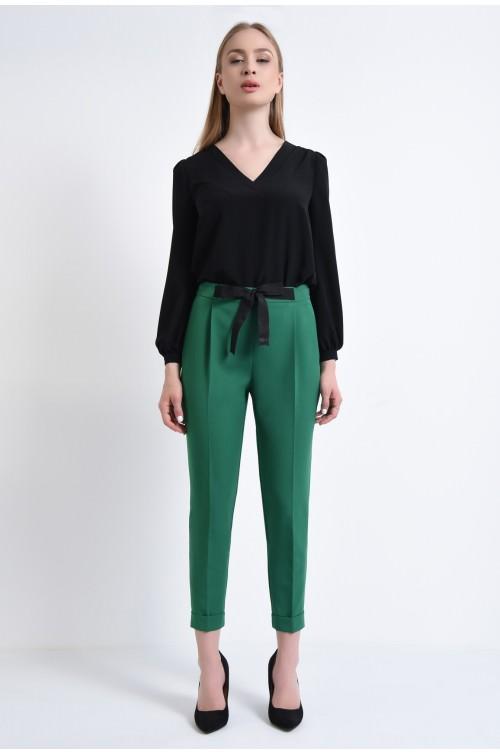 360 - Pantaloni clasici, cu pense, mansete