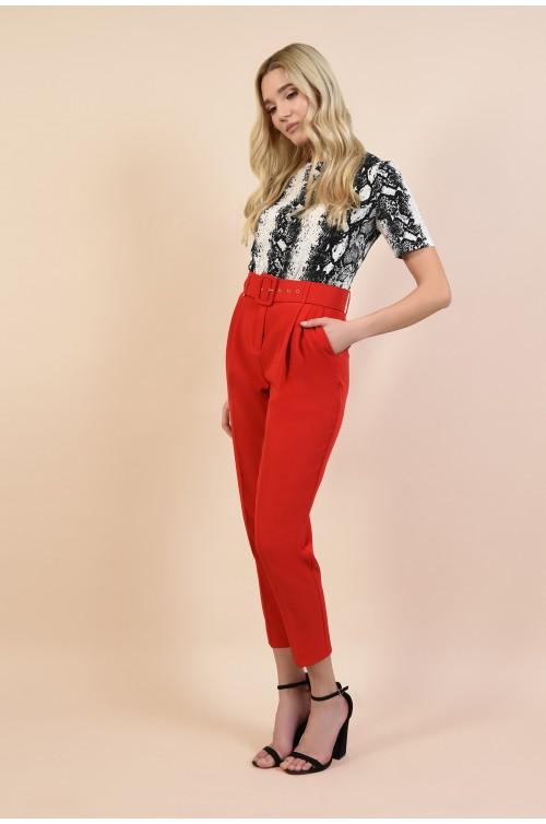 360 - pantaloni casual, rosu, conici, cu pliuri, cu centura