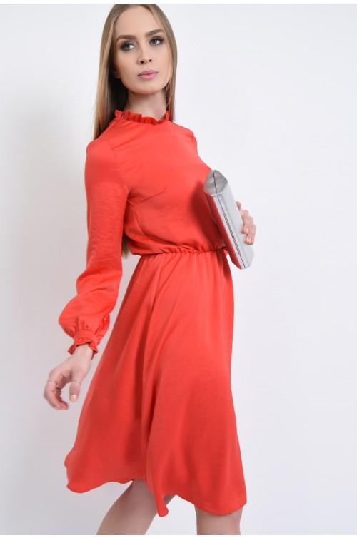 rochie eleganta, midi, clos, rosu, corai, tesatura satinata