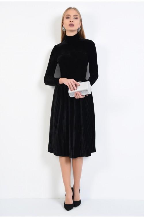 360 - rochie de ocazie, din catifea, neagra, cu pliseuri inguste