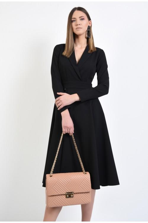 rochie neagra, anchior parte peste parte revere rotunjite