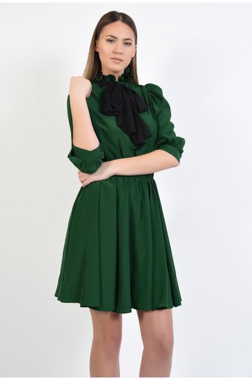 rochie midi, verde, evazata, guler inalt, croi clos