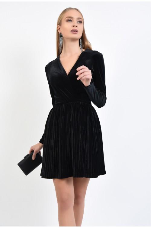 rochie de ocazie, din catifea, neagra, cu pliseuri