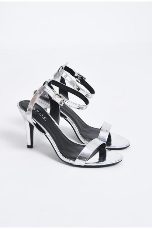 sandale metalice, toc subtire, bareta peste picior